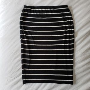 Vince Camuto Black and White Striped Skirt